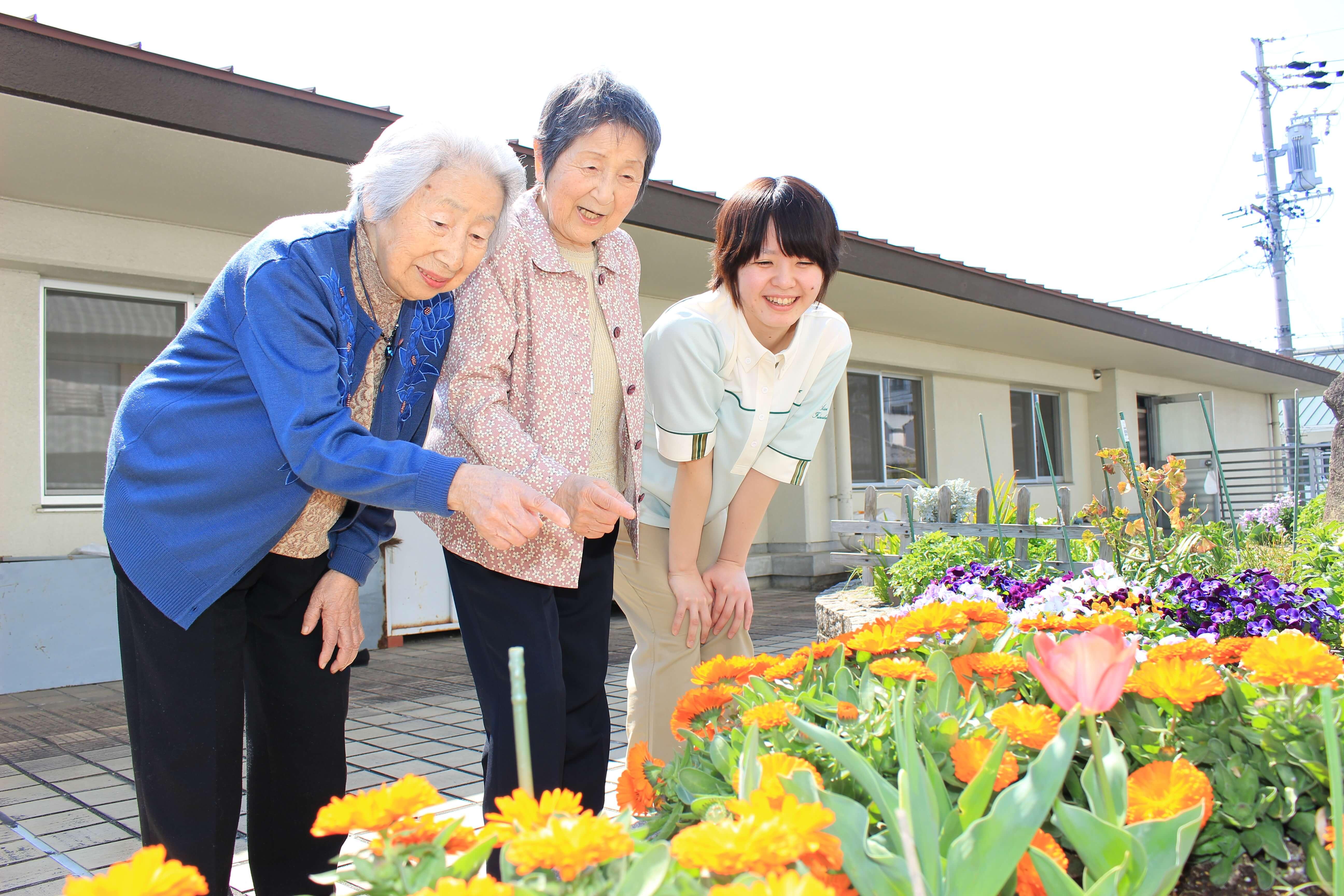 軽養老人ホーム